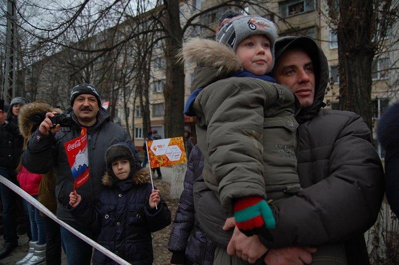 Зрители Эстафеты: Как Белгород встречал Олимпийский огонь, фото-12