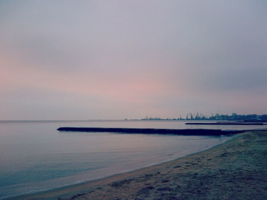 В Мариуполе участники «Х фактора» окунулись в Азовское море (ФОТО), фото-1
