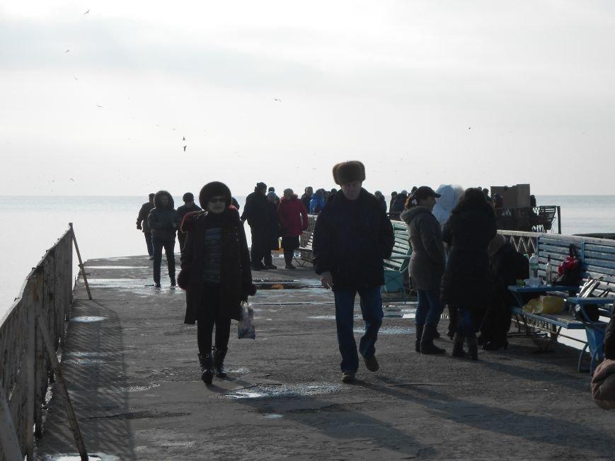 На Левобережье Мариуполя - праздничные купания (ФОТО), фото-5