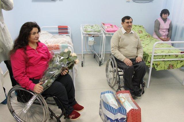 В Симферополе в семье инвалидов-колясочников родилась двойня (ФОТО), фото-1