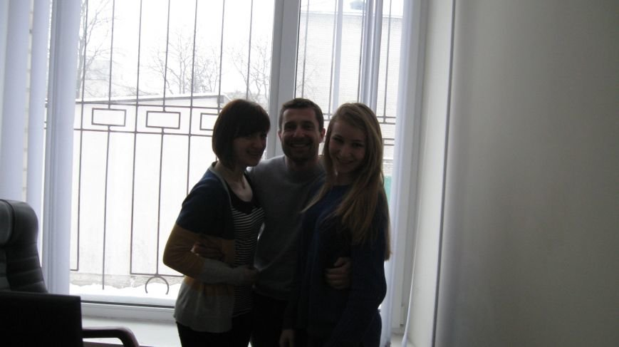 Сьогодні сайт Житомира 0412.ua закликав всіх до обійм, фото-5