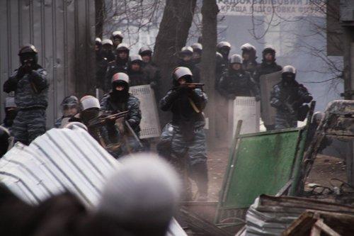 В акциях протеста в Киеве пострадали и черниговские журналисты (ОБНОВЛЕНО + ФОТО), фото-1