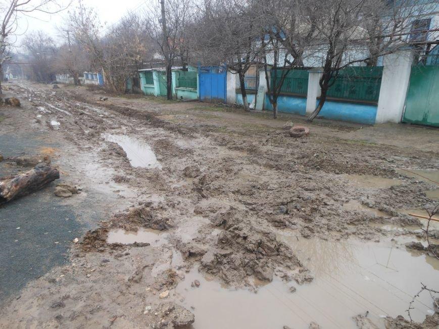 Хотели как лучше, получилось как всегда: Новая канализация создала новые проблемы симферопольцам (ФОТО), фото-2