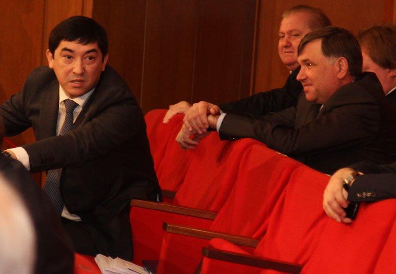 Скандал в крымском парламенте: депутаты обозвали друг друга «идиотом» и «политическим импотентом» (ФОТО), фото-4