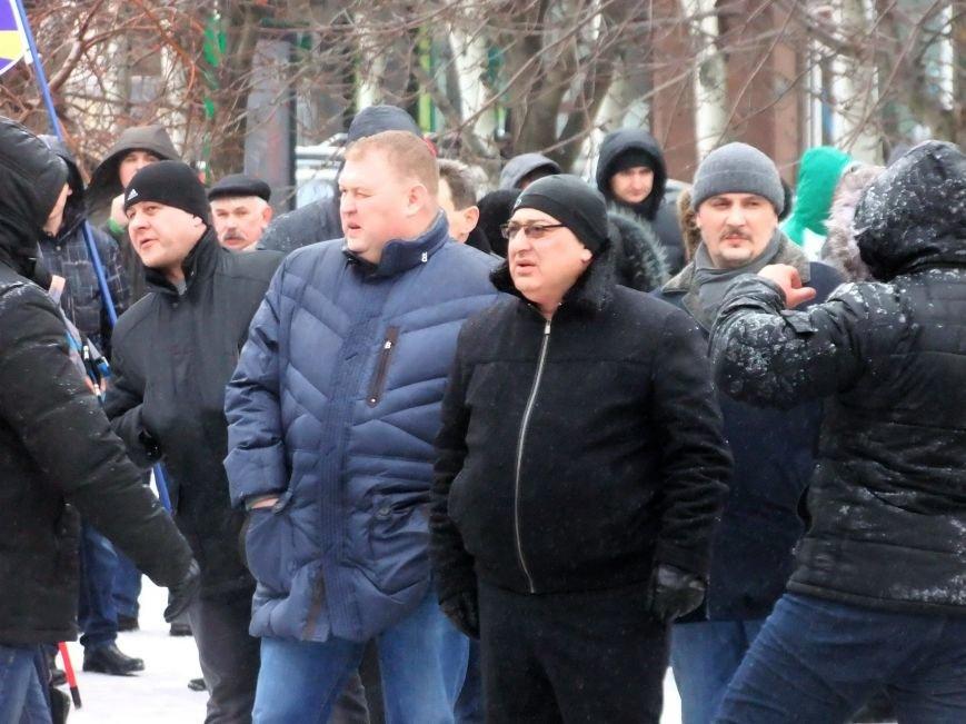 В Донецке обливали краской и забрасывали льдом участников Евромайдана и журналистов - милиция нарушений не заметила (фото), фото-4