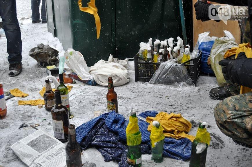 ФОТОРЕПОРТАЖ: бої в Києві, друга половина дня. З початку протистояння 2000 поранених, 4 загиблих, фото-2