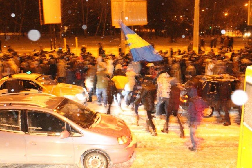 В Сумах «майдановцы» заблокировали дороги и прошлись по ним маршем (ФОТО+ВИДЕО), фото-4
