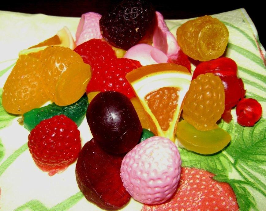 «Hand-Made по-горловски»: горловчанка создаёт из мыла и эфирных масел пирожные, конфеты и мороженое, фото-6