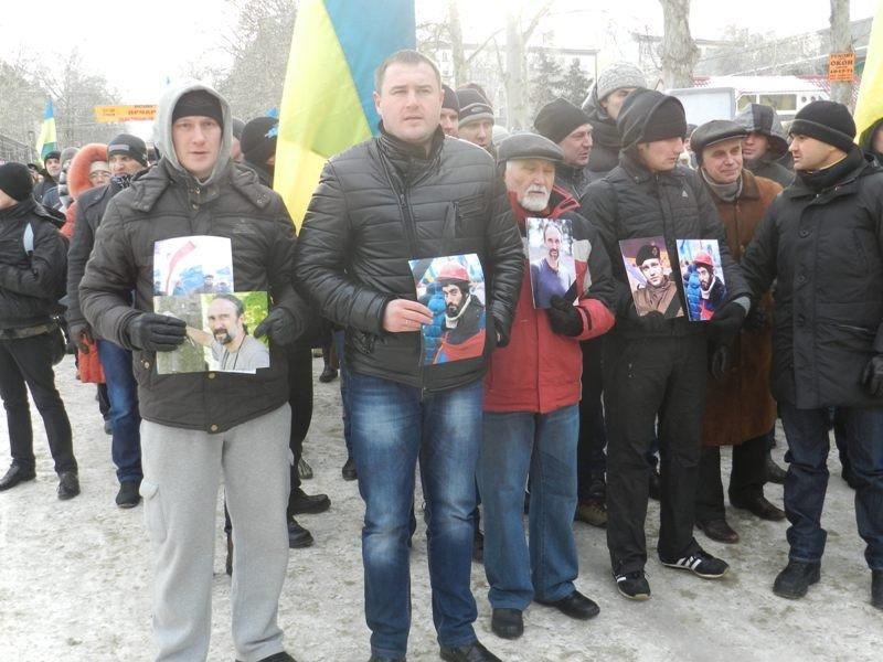Николаевцы маршем-панихидой почтили память погибших киевских активистов (ФОТОРЕПОРТАЖ), фото-1