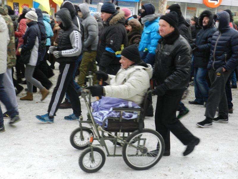 Николаевцы маршем-панихидой почтили память погибших киевских активистов (ФОТОРЕПОРТАЖ), фото-4