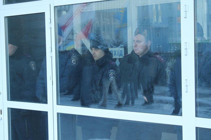 В Сумах пикетировали «регионала» Демуру, а милиционеров призвали перейти к народу (ФОТО+ВИДЕО), фото-3