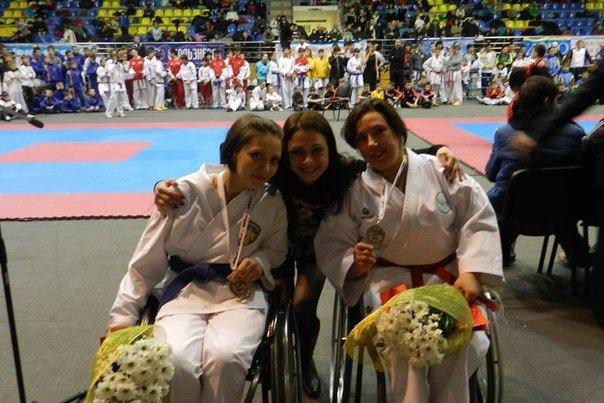 Мариупольские инвалиды-колясочники приняли участие в международном турнире по каратэ (ФОТО), фото-1