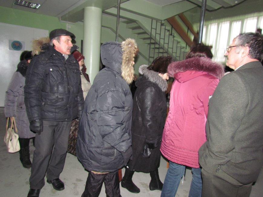 Мариупольский горсовет готовится к штурму?  (Дополнено, Фотофакт), фото-11