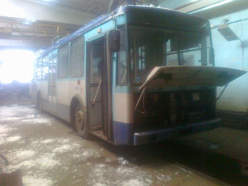 Вслед за трамваями в Харьков из Риги привезли партию б/ушных троллейбусов (ФОТО), фото-1