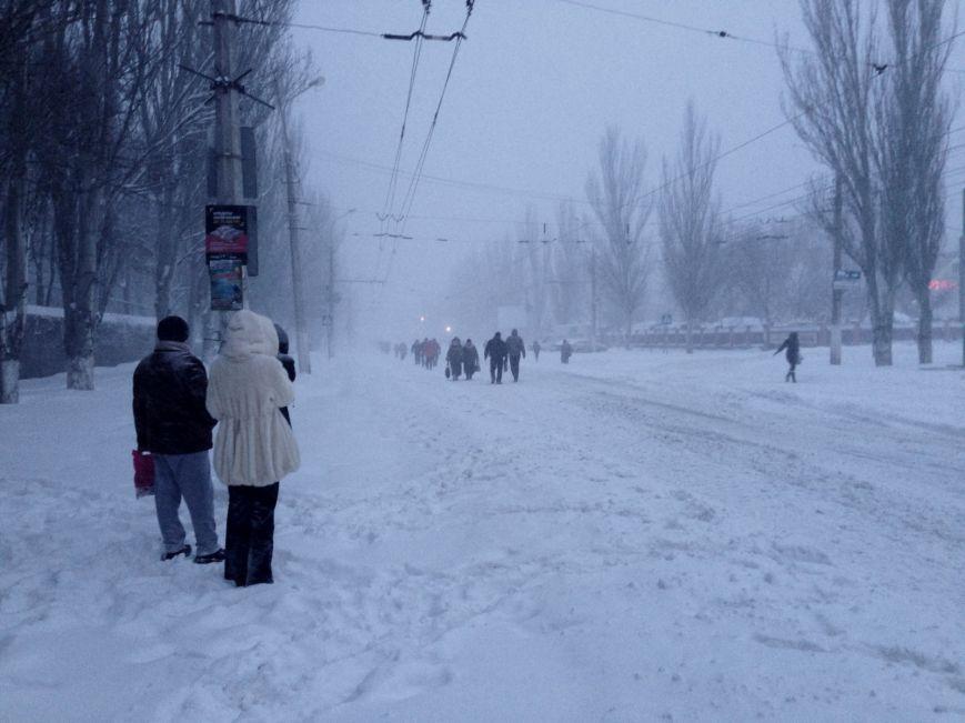 Снегопад в Мариуполе: транспортный коллапс, неработающие магазины, пустые школы (ФОТО, обновляется), фото-5