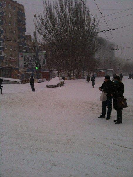 Стихия разгулялась! В Мариуполе метель, мороз и штормовой ветер продержатся двое суток, фото-1