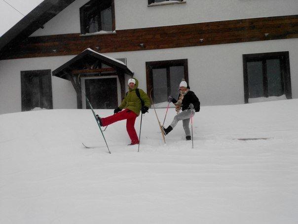 В Мариуполе коллеги отправились на работу на лыжах (Фотофакт), фото-4