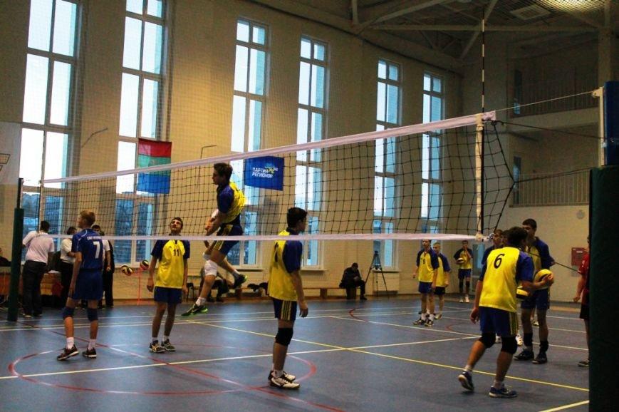 Международный чемпионат по волейболу открыли матчем «Артемовск - Санкт-Петербург» (ФОТО), фото-7