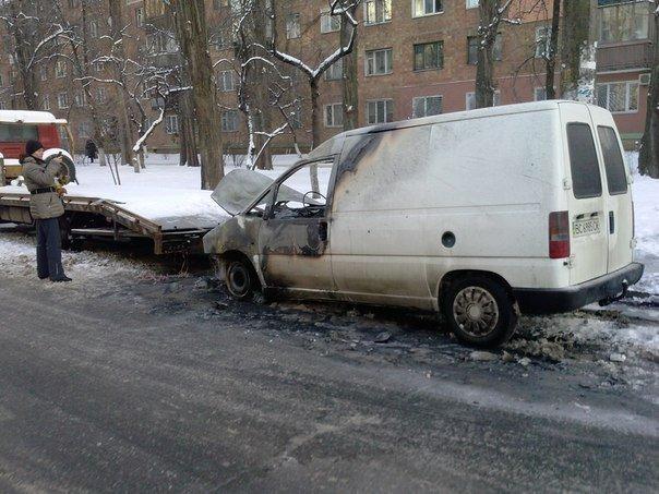 В столиці почали підпалювати автомобілі з західною «пропискою» (фото), фото-4