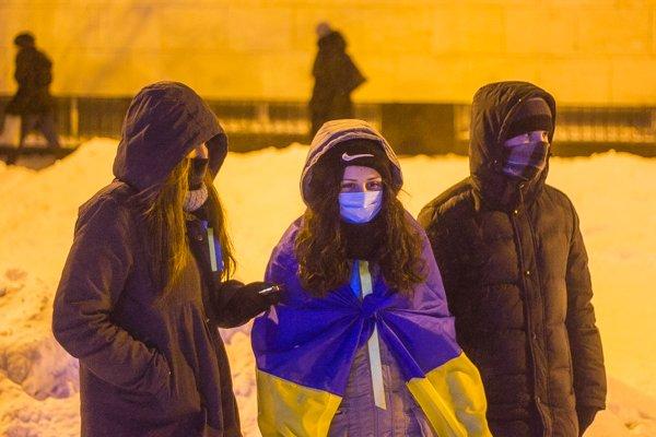 У Житомирі вшанували героїв Крут: смолоскипний марш (ФОТО), фото-3
