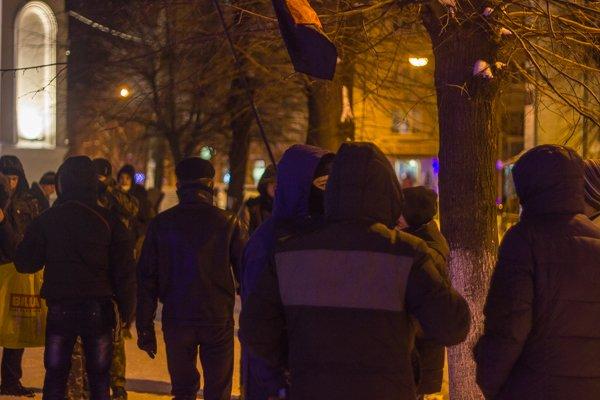 У Житомирі вшанували героїв Крут: смолоскипний марш (ФОТО), фото-1