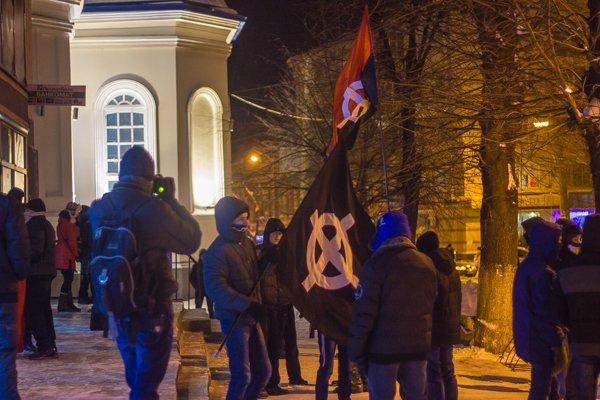 У Житомирі вшанували героїв Крут: смолоскипний марш (ФОТО), фото-2