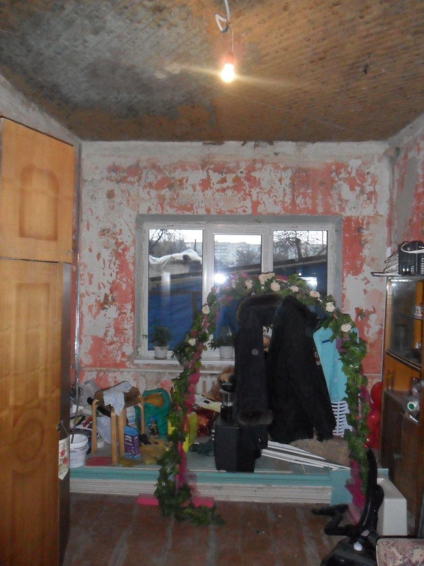 одна из комнат, наиболее пострадавших от тушения - ее просто залили водой