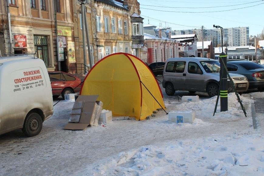 В Сумах вместо болларда въезд на Воскресенскую преграждает палатка (ФОТО), фото-1