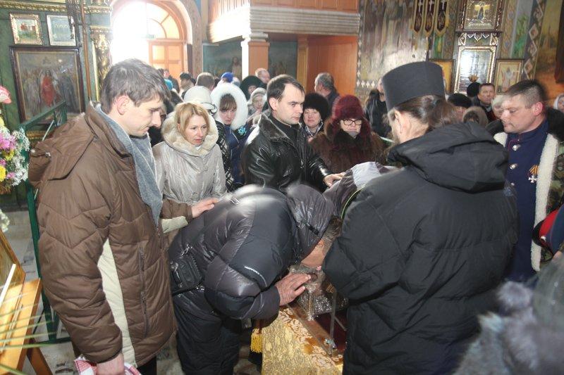 ФОТОФАКТ: В Симферополе очередь к Дарам волхвов выстроилась на полкилометра, фото-6