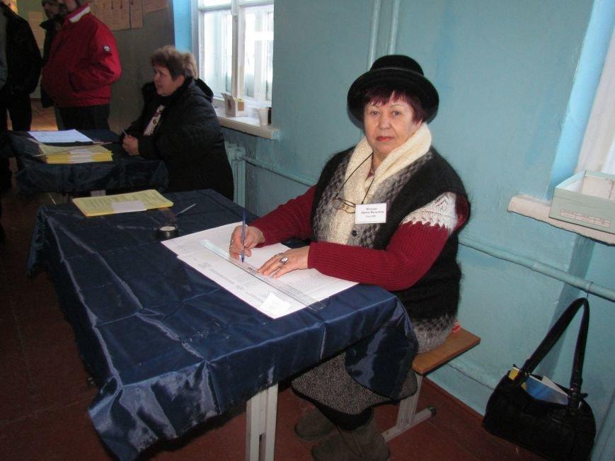 В Мариуполе стартовали промежуточные выборы (Дополнено, ФОТО), фото-2