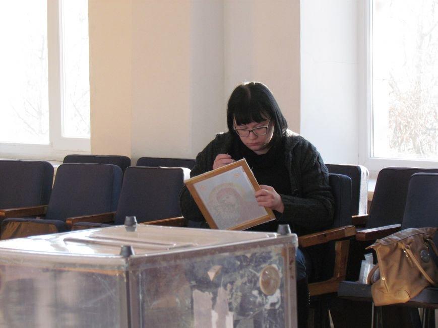 В Мариуполе стартовали промежуточные выборы (Дополнено, ФОТО), фото-3
