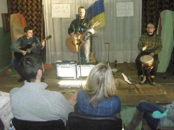 Мариупольцы собирают средства онкобольным, устраивая рок- концерт(ФОТО), фото-2