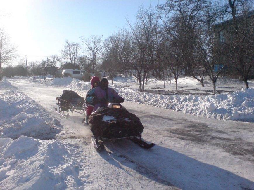 В Запорожской области спасатели на снегоходе спасли человеку жизнь (ФОТО), фото-2