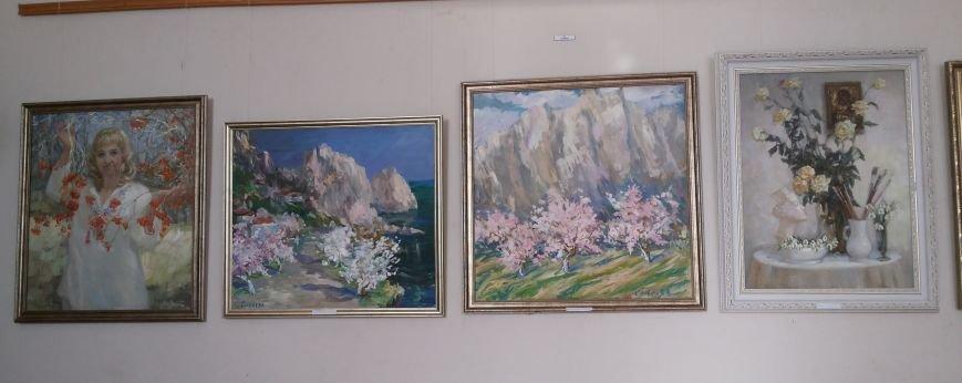 Молодая крымская художница показала в Симферополе «Свет живописи» (ФОТО), фото-4