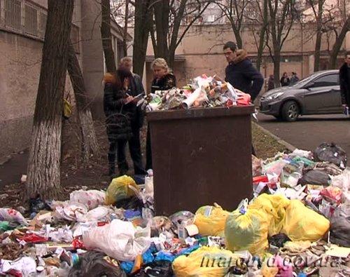 06_02_2014_Mariupol_Trup mladenca v Jovtnevom RO_2