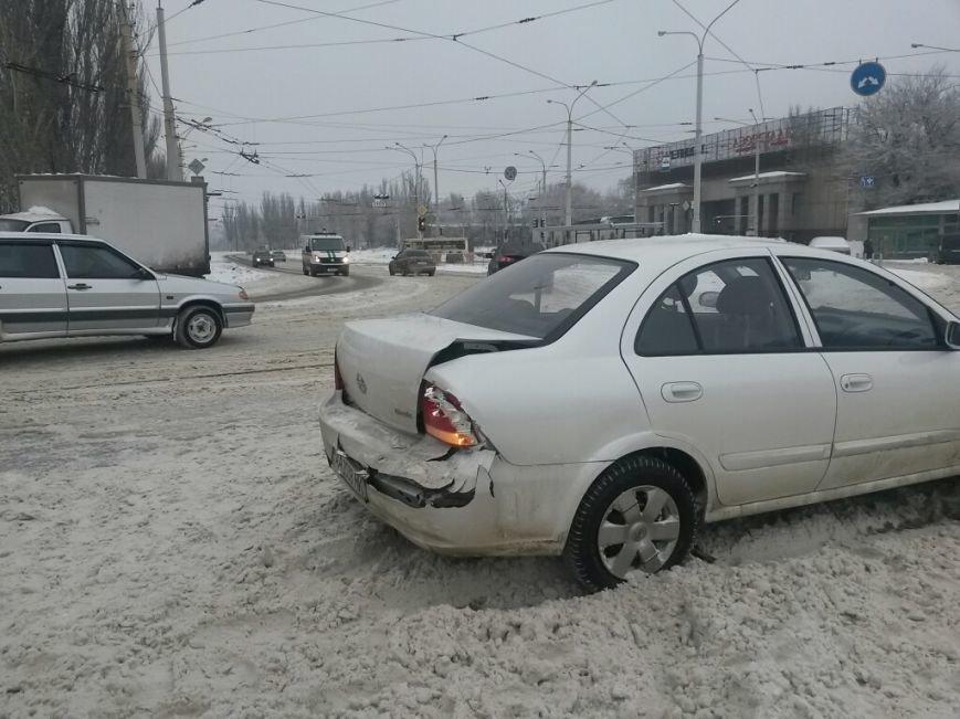Тройное ДТП в Мариуполе: на скользкой дороге столкнулись два «Шевроле» и «Ниссан» (ФОТО), фото-3