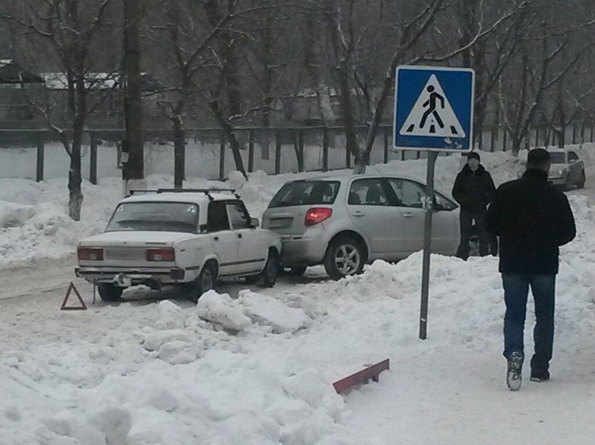 В Мариуполе «ВАЗ» протаранил «Сузуки» (ФОТО), фото-4
