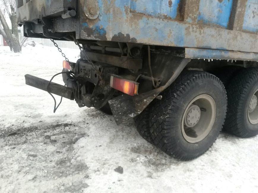 В Мариуполе «Дэу» врезался в грузовик. Пострадала женщина (ФОТО), фото-2