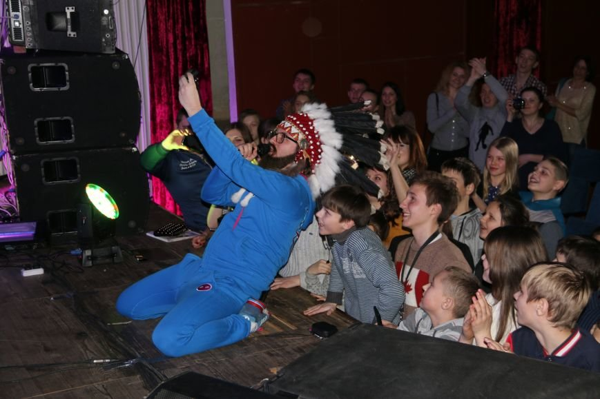 Антигламурная и комедийная группа DZIDZIO выступила в Чернигове, фото-2