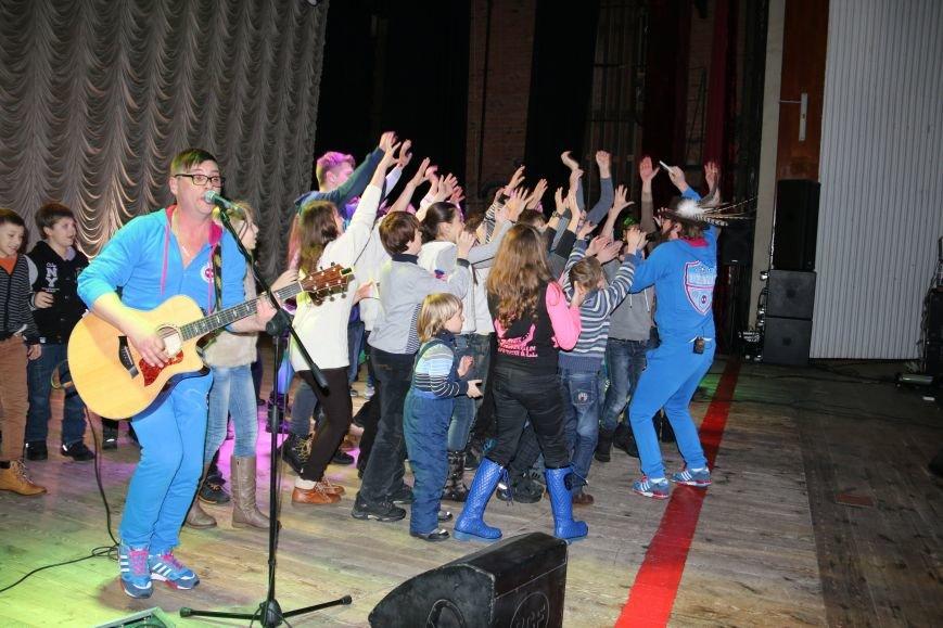 Антигламурная и комедийная группа DZIDZIO выступила в Чернигове, фото-4