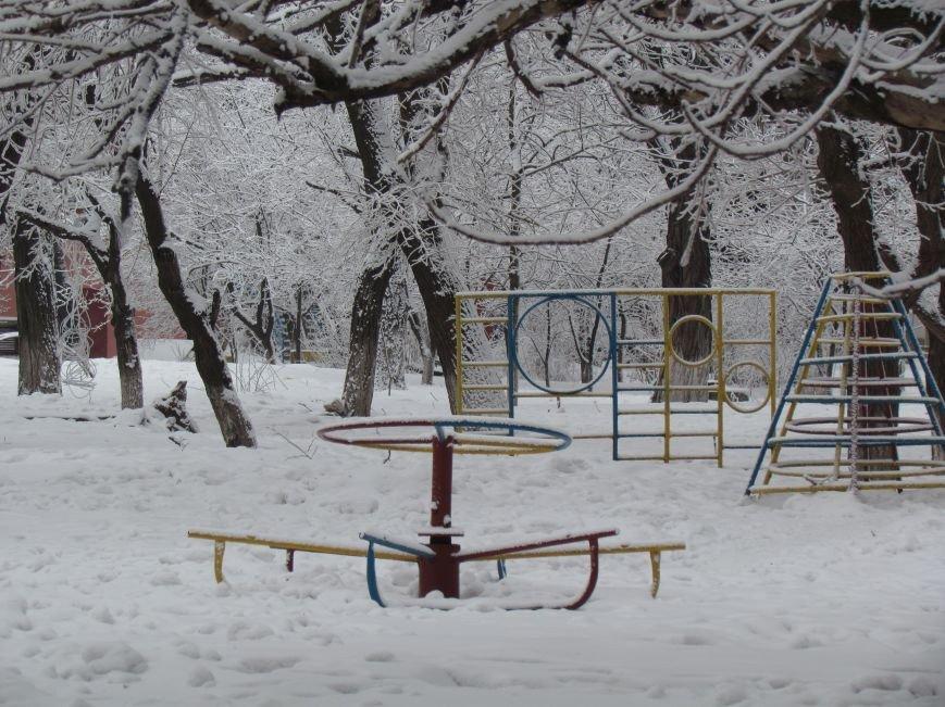 Мариупольцы наслаждаются последними днями зимней сказки (ФОТО), фото-7