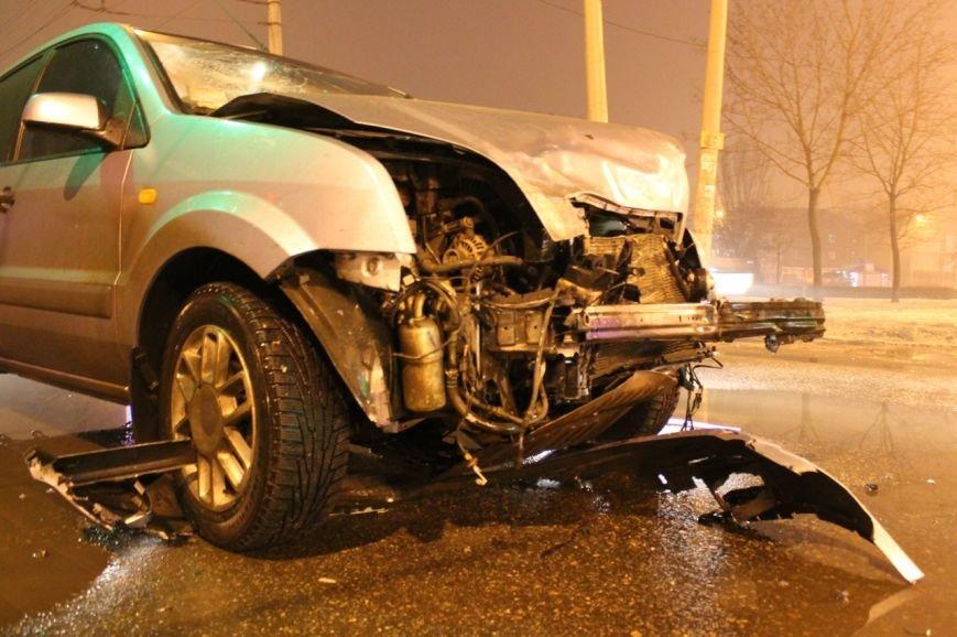 В Кривом Роге в результате  ДТП серьёзно травмирован молодой водитель (ДОПОЛНЕНО ФОТО), фото-12