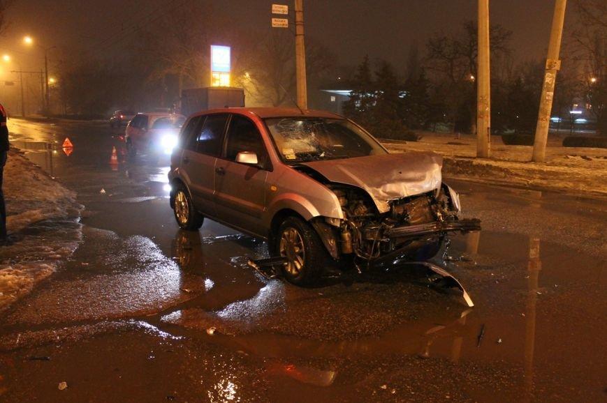 В Кривом Роге в результате  ДТП серьёзно травмирован молодой водитель (ДОПОЛНЕНО ФОТО), фото-2