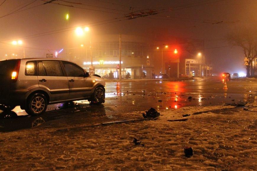 В Кривом Роге в результате  ДТП серьёзно травмирован молодой водитель (ДОПОЛНЕНО ФОТО), фото-16