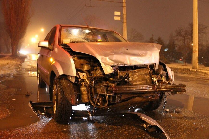 В Кривом Роге в результате  ДТП серьёзно травмирован молодой водитель (ДОПОЛНЕНО ФОТО), фото-3