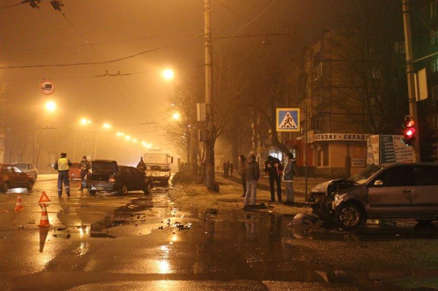 В Кривом Роге в результате  ДТП серьёзно травмирован молодой водитель (ДОПОЛНЕНО ФОТО), фото-10