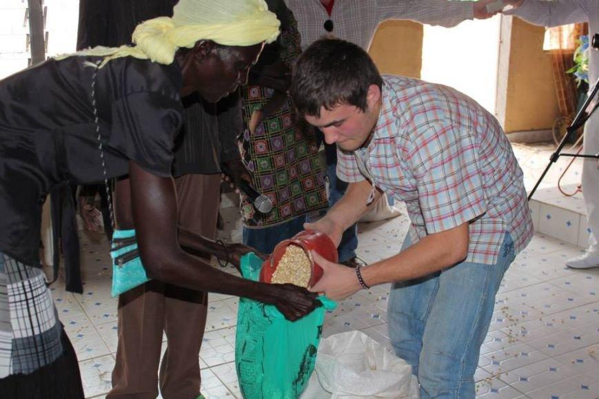 Бывшие беспризорники из Мариуполя шокированы жизнью в Африке (ФОТО), фото-31