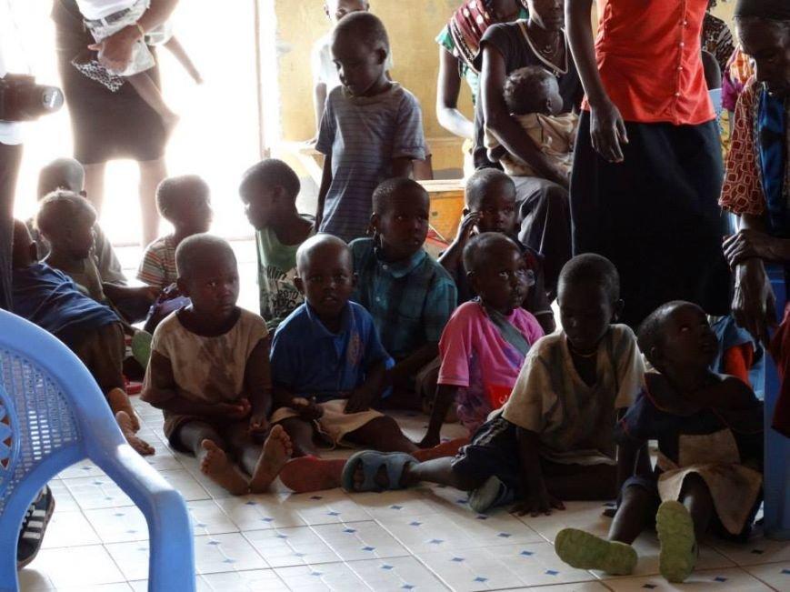 Бывшие беспризорники из Мариуполя шокированы жизнью в Африке (ФОТО), фото-3