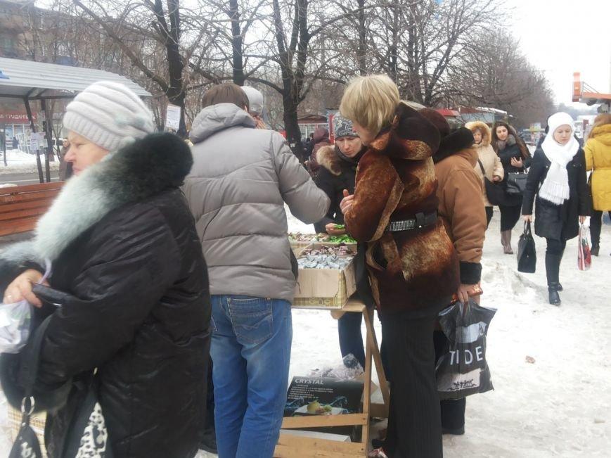 Мариупольцы массово скупают заменители конфет (ФОТО), фото-2