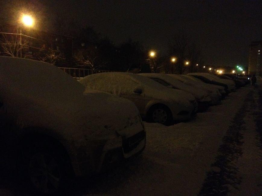 Идёт уборка улиц и дорог Домодедово после мощного снегопада, фото-3